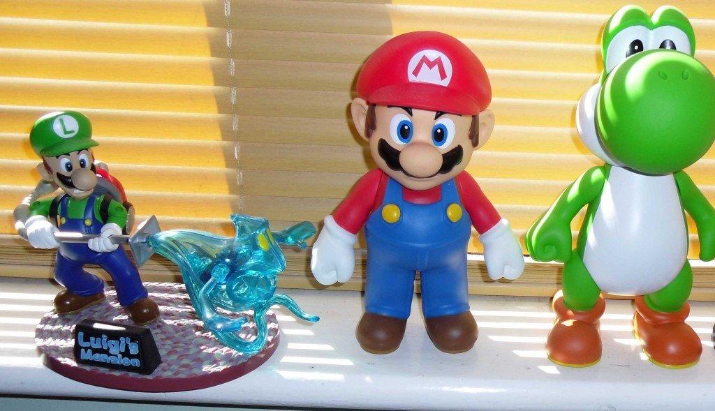 Luigi's Mansion, Mario and Yoshi cropped